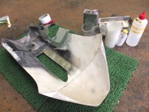 ■削りに削ってしまったアンダーカウルを加工&造形します。
